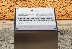The plaque dedicated to Bronislaw Malinowski in Piazza Gries, Bolzano-Bozen. Photo by I.M. Carta